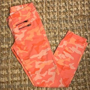 Gap - always skinny/camo stretch jeggings, size 26